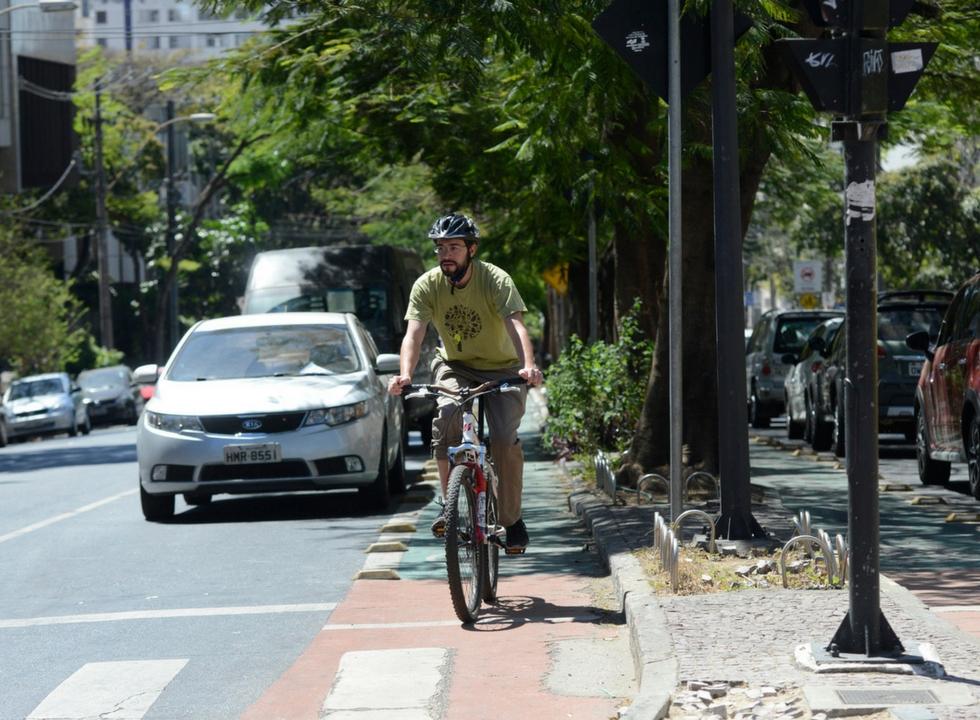 Cinco dicas para andar de bicicleta na cidade