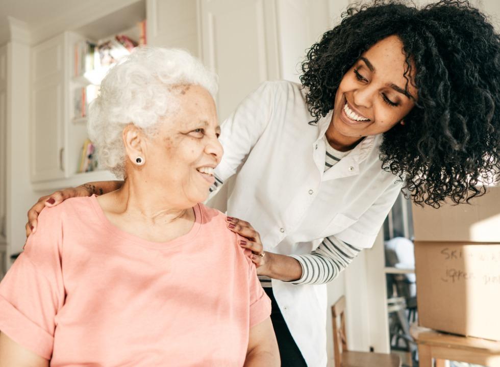 Conheça os direitos dos idosos nas relações de consumo
