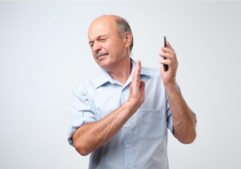 Recém-aposentados recebem ligações para contratar consignado