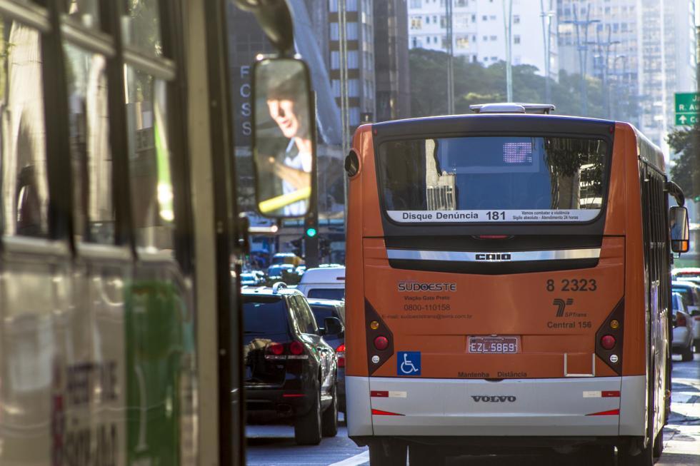 Retomada, licitação de ônibus em SP fica R$ 3 bi mais cara que em abril