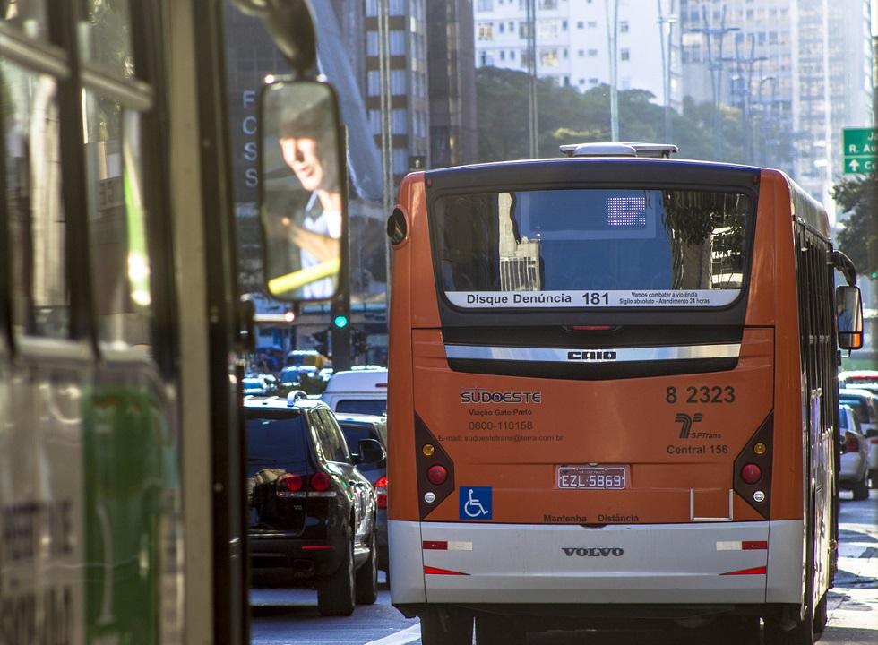 Com licitações suspensas, SP gastou R$ 42 bi em contratos de ônibus