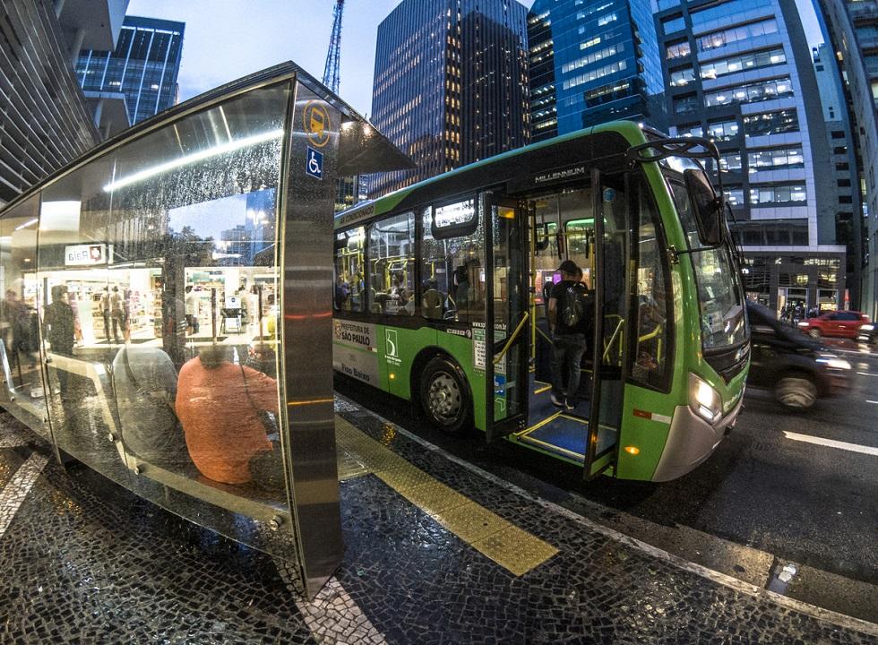 Tribunal libera prefeitura a fazer megalicitação de ônibus em SP
