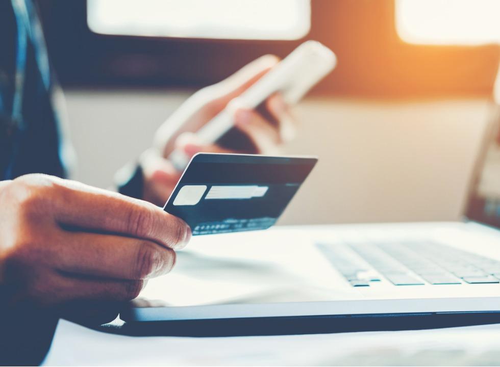 Tarifas bancárias subiram até 89% em dois anos, aponta Idec