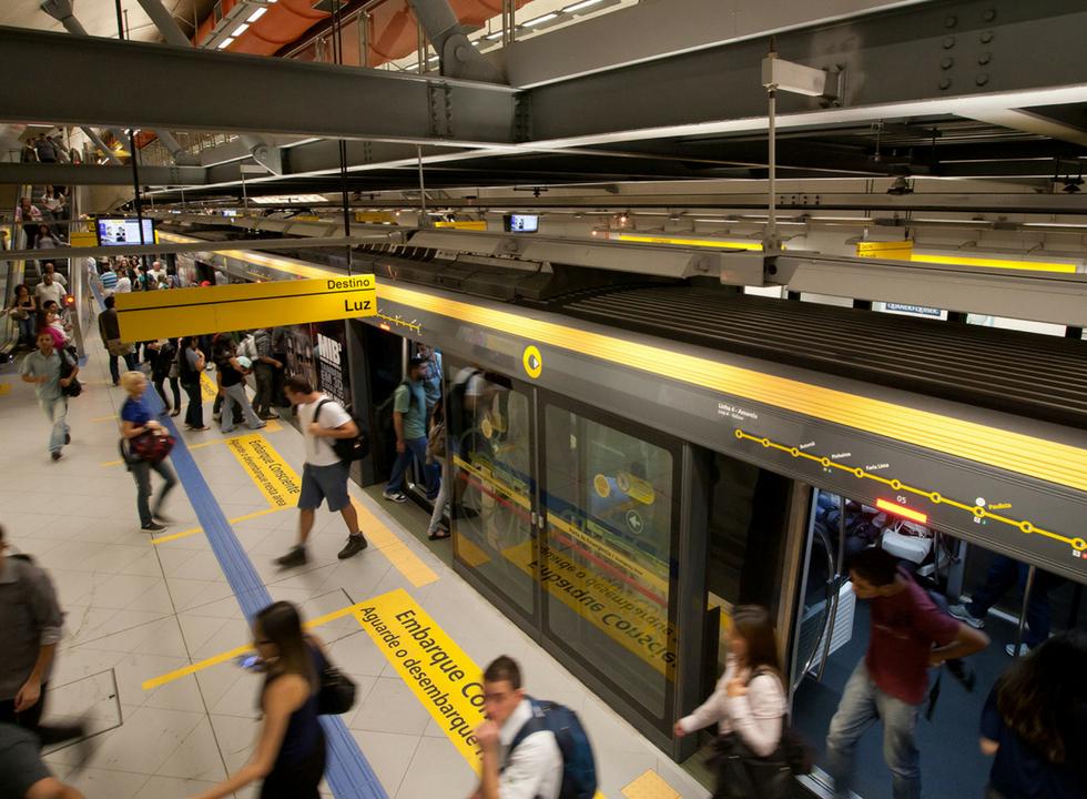 Idec vai à Justiça contra coleta de emoções de usuários do metrô de SP