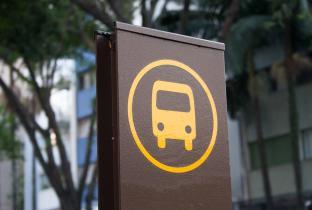 Mudanças e cortes de linhas: orientações aos passageiros de ônibus