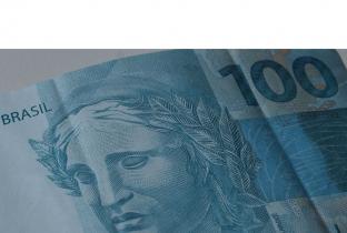 Poupador prejudicado por planos econômicos custa a receber o dinheiro