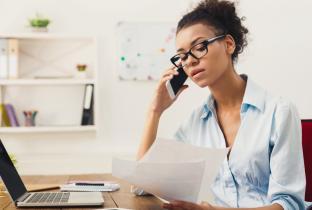 Empresas em crise deixam cliente em compasso de espera
