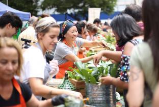 Banquetaço pela manutenção do Consea reúne milhares em 22 Estados