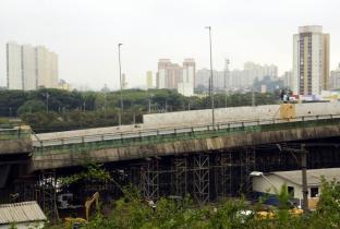 Idez cobra ações de melhoria no tráfego na região de viaduto que cedeu em SP