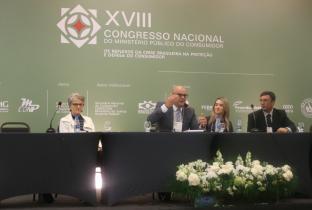 Marilena Lazzarini, Rodrigo Vargas, Greicia Malheiros Souza e Rodrigo Filgueira no XVIII Congresso Nacional do Ministério Público do Consumidor. Foto: Idec